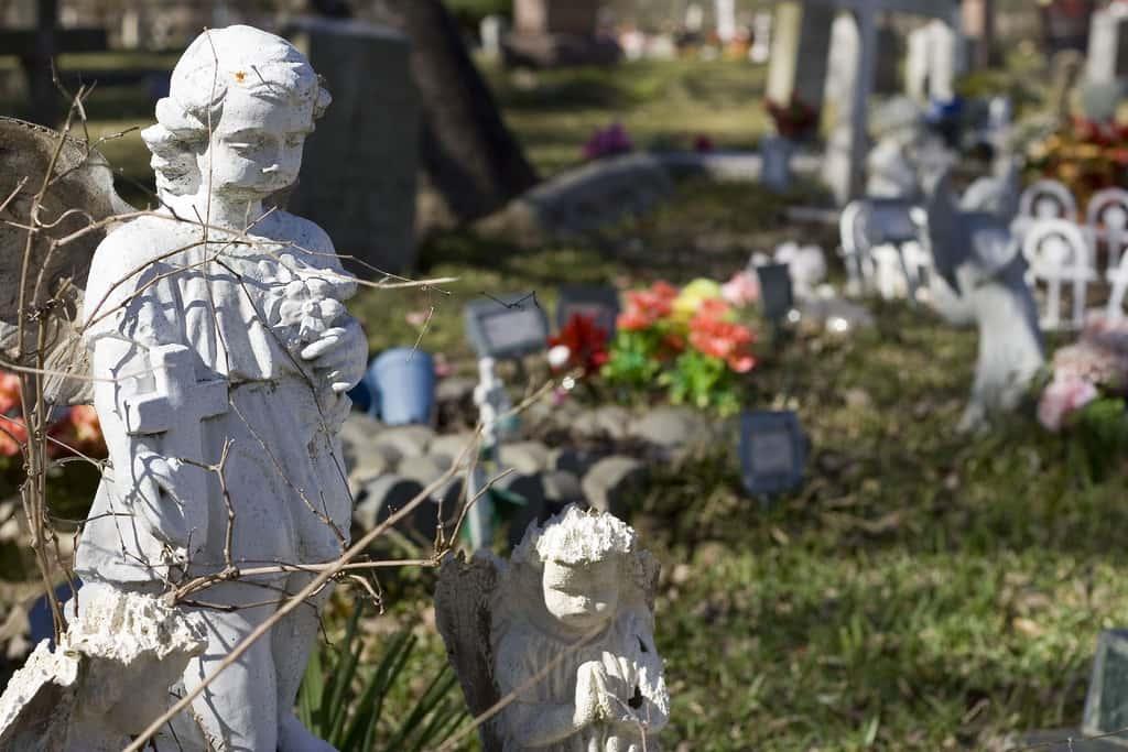 Kinderen reageren verschillend op de dood afhankelijk van de leeftijd
