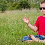 kind meditatie natuur