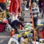 Hoe kunnen kinderen geld verdienen op vrijmarkt Koningsdag