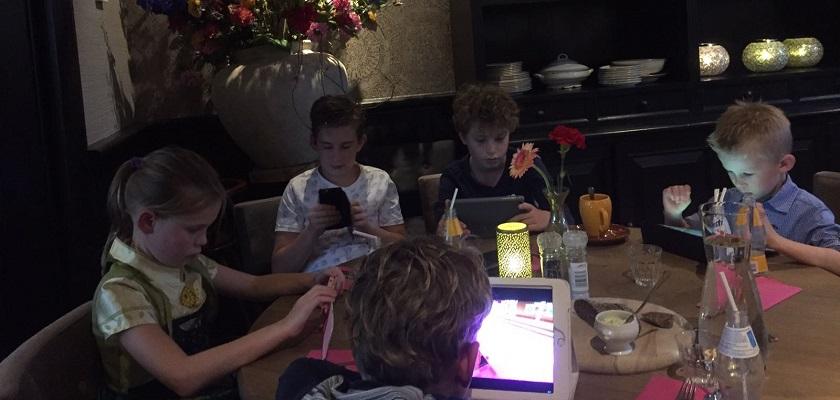 Kinderen werken op kleuterschool al met iPads