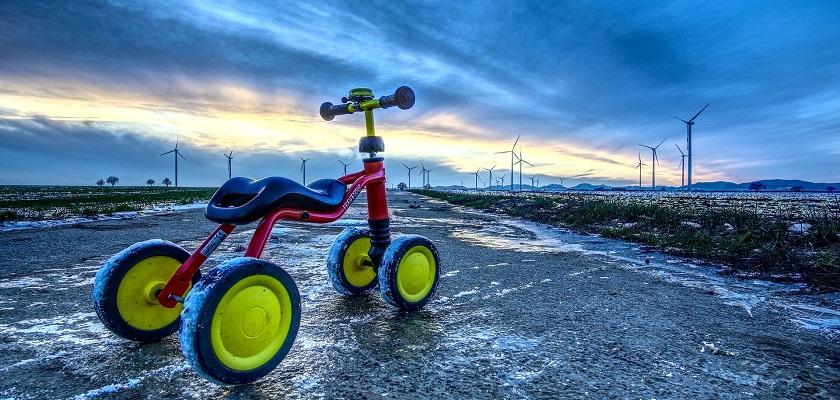 Kinderen leren fietsen is beter voor het milieu