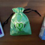 Een groene cup, wasmiddel en de Fair Squared vegan cup. Menstruatiecups.nl heeft ook zeep om de menstruatiecup te reinigen